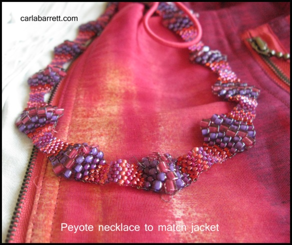 jacketnecklace